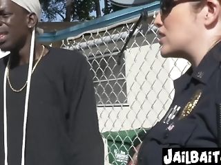 Cougar Cops Take Turns To Get Drilled By Gf Smacking Criminal