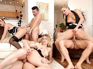 Tempting Honey Jenny Simons Arranges Dirty And Xxx Group Orgy At Home