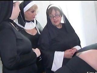 Nun Themed Four Dame Joy With Bosomy Kim An - Nun