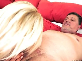 Teenager Whore Kitty Rich On Old Boy's Hard Schlong