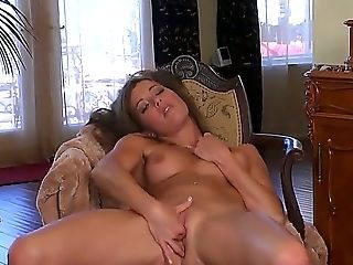 Beautiful Blonde With Big Bootie Likes To Flash Off Her Smoothly-shaven Cunt And Finger It