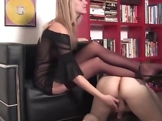 Blonde Mistress Abases Her Sub