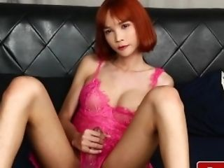 Ginger-haired Tranny Beauty Solo Pulling Hard Spear