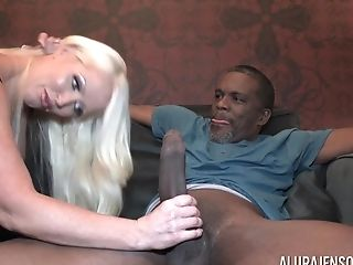 Interracial Hard Fuck Coition - Buxom Cougar Hump Flick
