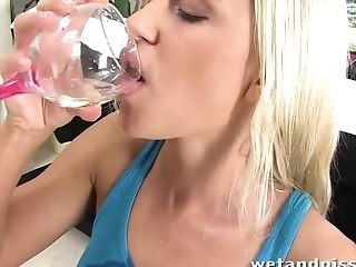 Dido Angel Drinking Her Own Piss